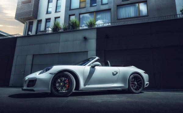 Porsche Carrera 4 GTS Cabrio