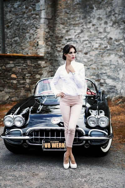 Wandbild 1959 Corvette C1 mit Model Christiane