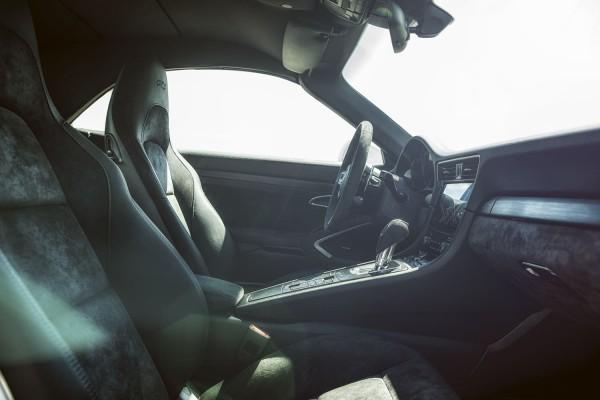 Porsche Carrera 4 GTS Interieur